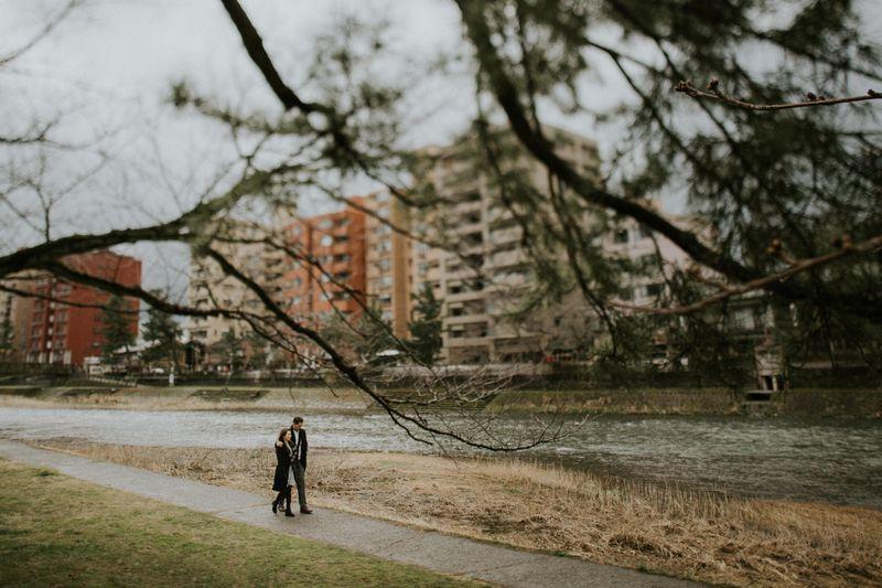 a-wintry-engagement-shoot-in-shirakawa-go-japan-1