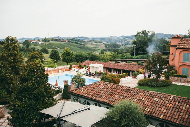 a-weekend-long-wedding-party-in-asti-italy-1