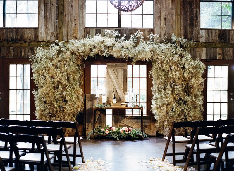 how-to-throw-an-exquisite-rustic-wedding-1