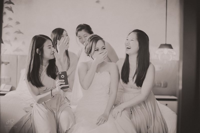haw-rer-and-huai-yings-contemporary-chic-wedding-at-hotel-jen-tanglin-1