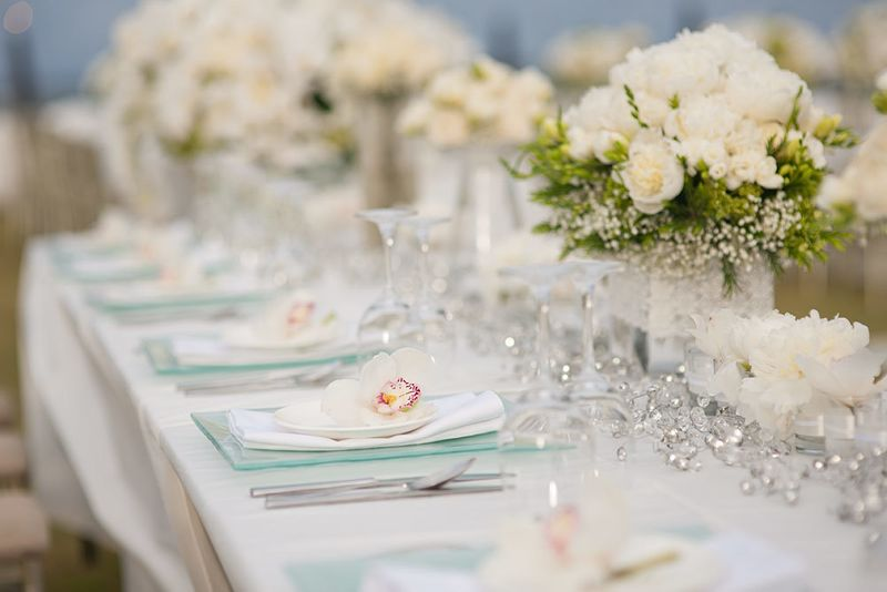 a-glamorous-wedding-by-the-sea-in-bali-1
