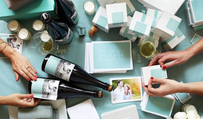 show-your-true-color-with-these-unique-and-personalized-wedding-details-1