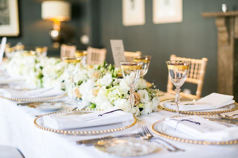 wedding-catering-101-panduan-merencanakan-menu-resepsi-pernikahan-1
