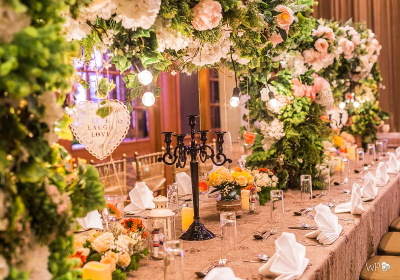 transform-your-wedding-venue-with-white-pearl-decoration-1