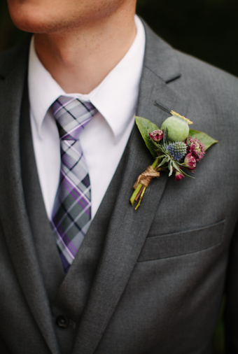 Pacific-Northwest Wedding With Shades Of Burgundy And Purple - 003