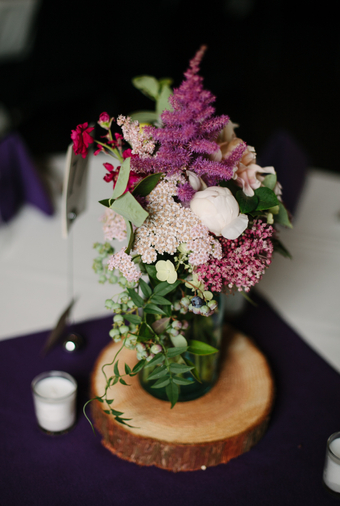 Pacific-Northwest Wedding With Shades Of Burgundy And Purple - 019