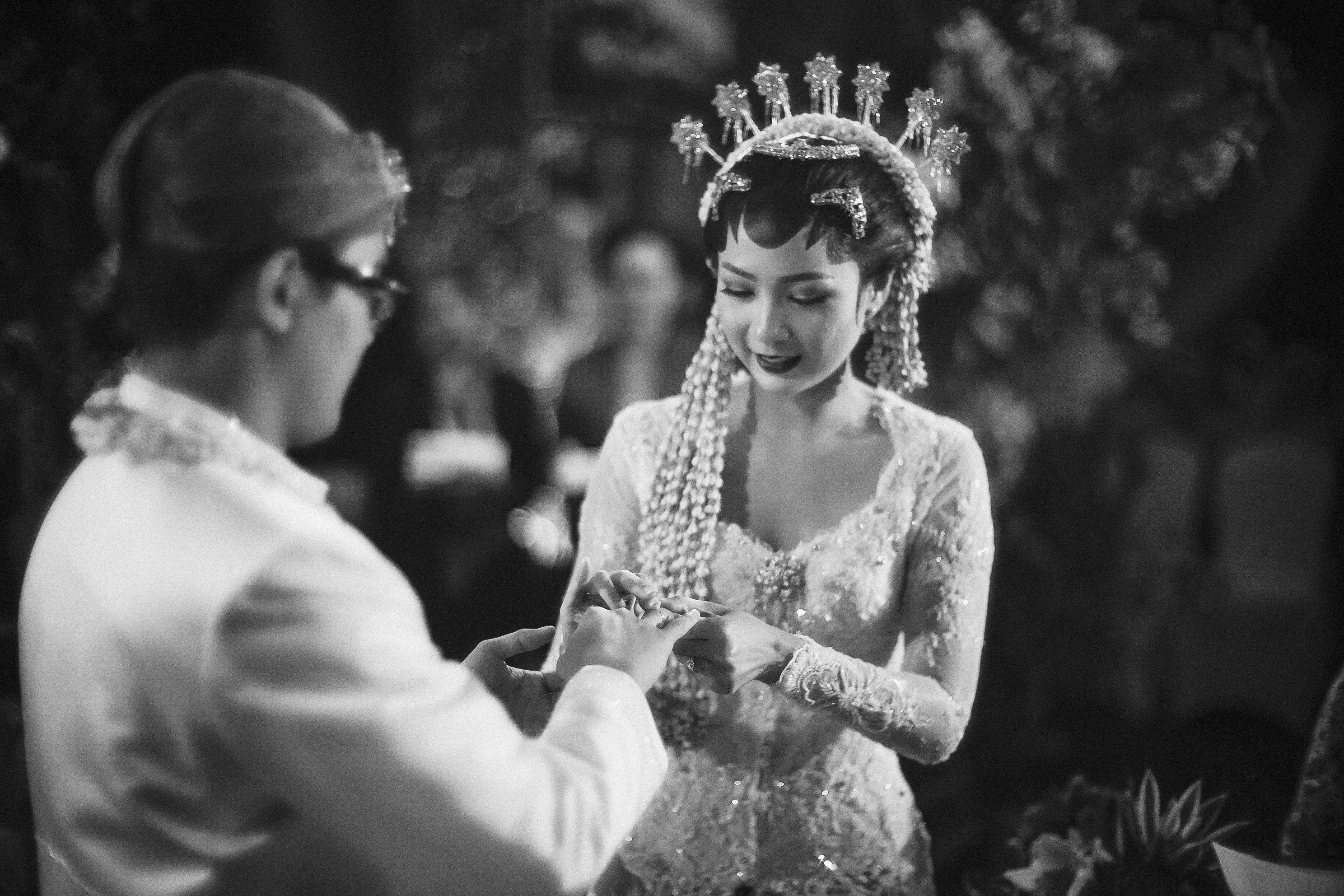 Checklist Foto Pernikahan: Momen Bersama Pasangan Image 5