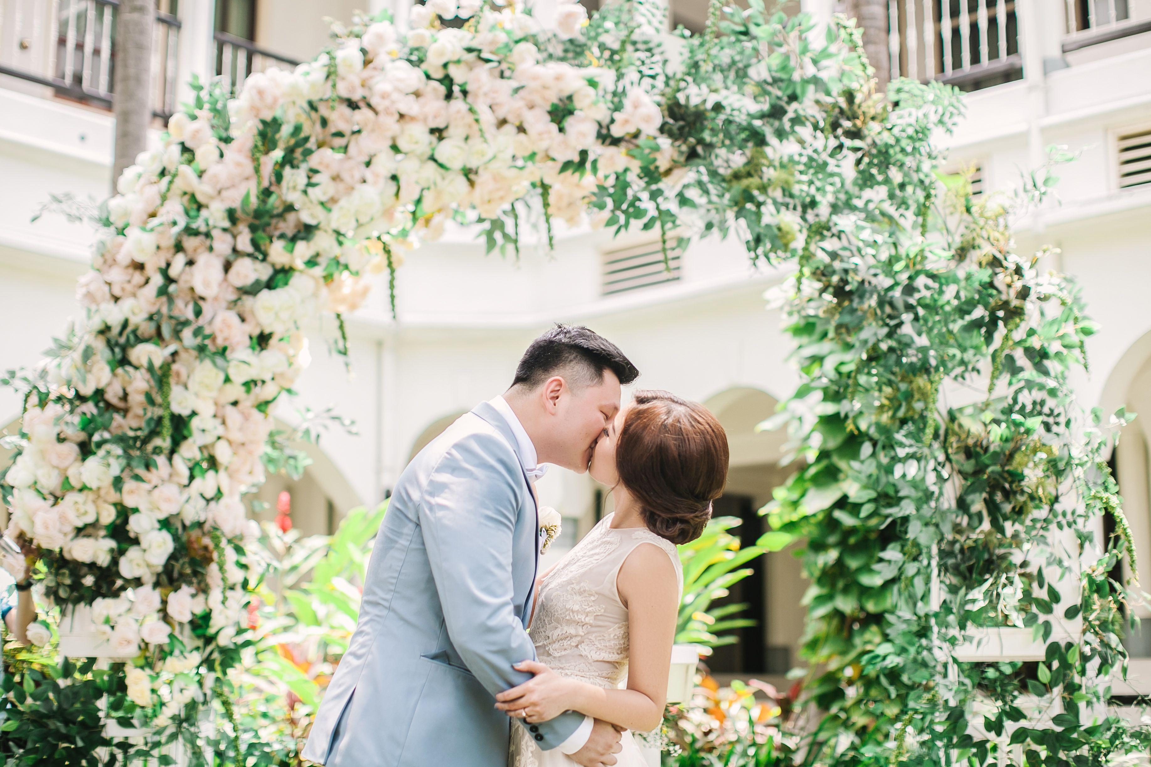 An Intimate Garden Wedding at Hotel Majapahit, Surabaya Image 1