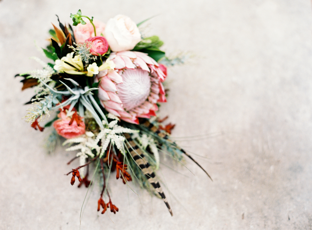 10 Beautiful Flowers to Adorn Your Summer Wedding Image 8